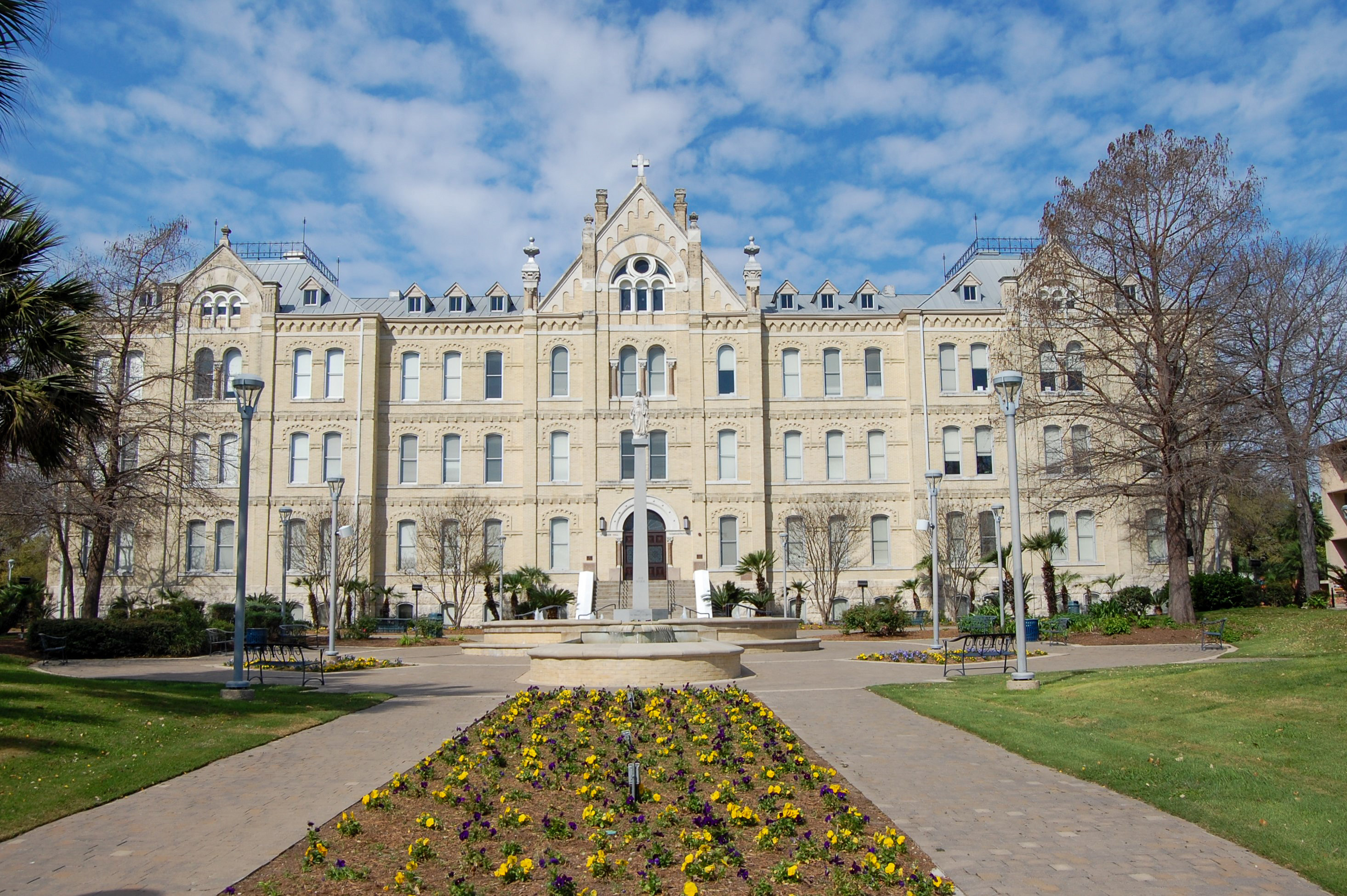 St. Mary's University – St. Louis Hall Renovation